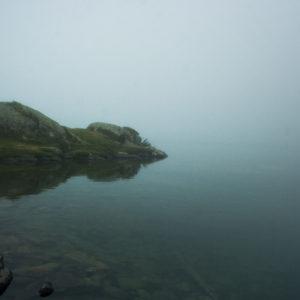 Lac de Gaube sous la brume (Hautes Pyrénées) 40x60cm